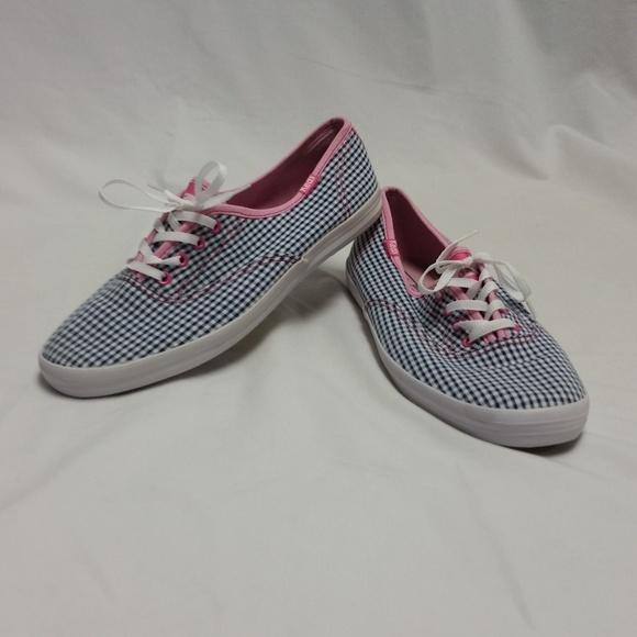 f64dc0f9bd2 Keds Shoes - EUC Women s Keds Champion Laceless Gingham Print